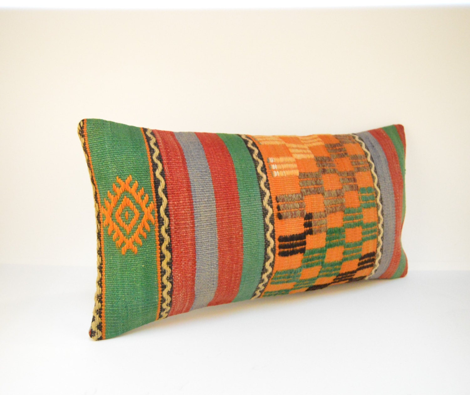 Decorative Pillows Kilim : Kilim pillow KP1903 Decorative Pillows Designer Pillows