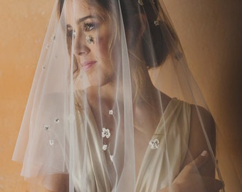 Bridal blusher veil with scattered lace flowers, circle drop veil - style 112