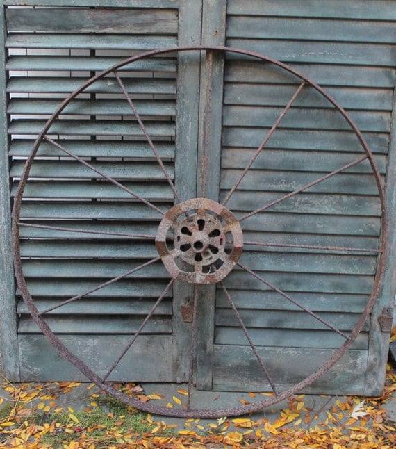 Iron Wheel Tractors : Antique wagon wheel iron farm house wall hanging