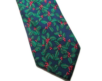 Christmas Holly Necktie Alynn Neckwear 100% Silk Holiday Party Stocking Stuffer