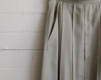 Vintage pleated skirt, 1980s pale green skirt, pistachio skirt, xs