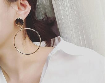 ON SALE Geo large circle earrings - Large dangle open circle earrings - Disc earrings - Button earrings