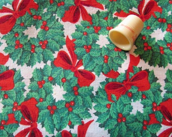 green and red wreath christmas print cotton fabric -- 44 wide by the yard