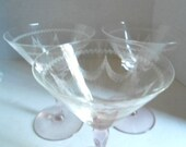 Art Deco Pink Wine Glass Depression Glass Wine Stems 1930s Etched Glass Home and Living Drinkware Elegant Etched Wine Stems - Wine Glasses
