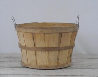 Vintage Split Wood Bushel Basket With Wire Handles Apple Baskets Primitive CP1
