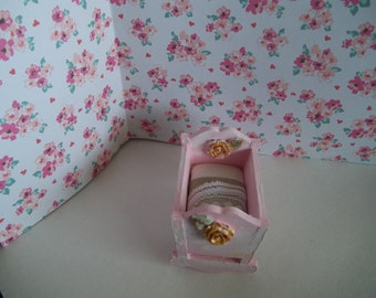 Dollhouse 1:12 th Scale Cradle