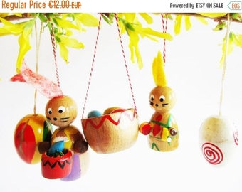 SPRING SALE - Set of 5 p. Colorful German Vintage wooden Bunny Egg and Eggbasket Ornaments Made in the Erzgebirge for Easter Home Decor