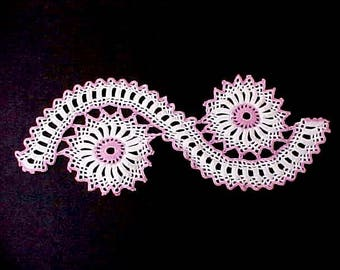 Very Pretty Pink and White Crochet Trim