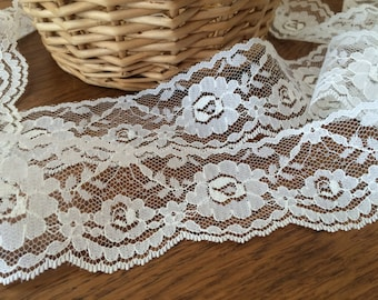 Vintage Cream Lace, Wide Flat Off White Floral Lace, Ivory Wedding Dress Lace, Bridal Gown, Cottage Chic Trim - Lace by the yard
