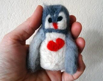 Needle Felted Owl , felt owl,owl decoration gift, soft figure, minimal sculpture, bird decoration felt