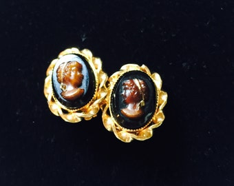 Vintage Florenza Brown Cameo Earrings