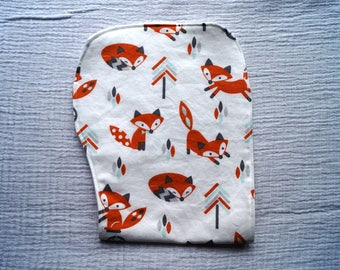 100% Cotton Contoured Burp Cloth with Fox Pattern