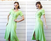 SPRING SALE Vintage salad green ribbed jersey short sleeve fitted silhouette ankle maxi dress XS S