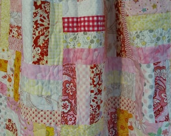 Modern lap quilt, baby or toddler crib quilt, shades of pink handmade blanket