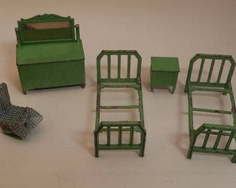 Vintage Tootsietoy / Tootsie Toy Dollhouse Furniture -- Green Metal Beds, Dresser, Nightstand, Rocking Chair, 1930s -- Shabby but Charming