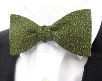 Mens Bowtie  ~ Green paisley design ~ quality cotton   - choice of fittings ~ neoud ~ tie ~ cravat