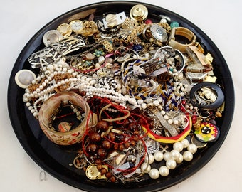 FREE SHIPPING Destash Junk Broken Mixed Jewelry Lot of 4 Pounds Crafting Supplies Making Rhinestones Bangles Pins Brooches steampunk T