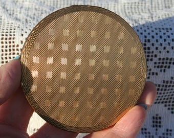FREE SHIPPING Vintage Gold Tone Powder Compact Mirror 1950s Made in Great Britain