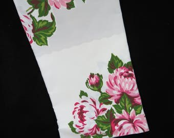 Vintage Printed Tablecloth - Pink Peony Tablecloth - Pink Grey Tablecloth - Glamper Decor - 1950s Kitchen - Free Shipping - 5MTT17