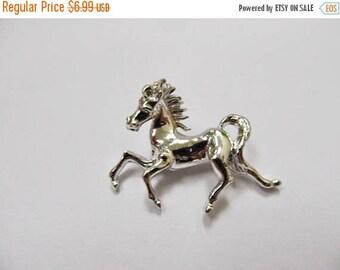 On Sale Vintage Galloping Horse Pin Item K # 3120