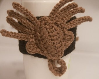 Crocheted Coffee Hugger : facehugger