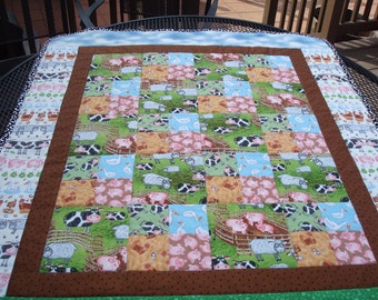 Farm Animals,Quilt for a Boy,Quilt for a Girl,Handmade,Quilt for sale,Minkey,Nursery,Crib Bedding,Baby Shower,Shower Gift,Wall Hanging,Cows