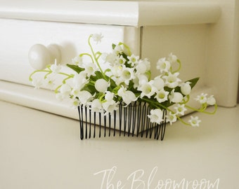 Comb / Flower comb / Lily of the Valley / Cream / Bridal hair comb / Decorative comb / Hair accessories / Floral headpiece / Bridesmaid comb