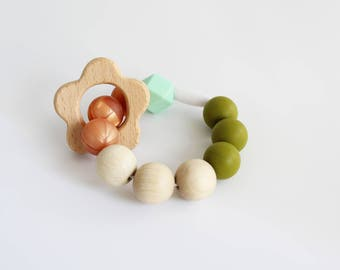 Teething Chewing Bracelet silicone beaded bracelet with natural wooden flower ring, chewable bracelet teether ring by Mustard & Mint