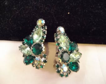 Green Rhinestone Clip On Earrings, Prong Set, Unsigned, Silver Tone Metal