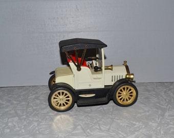 Vintage Model  T  Transistor Car Radio ~ Working Car Radio ~ Vintage Toy Car ~ Transister Radio ~ Epsteam