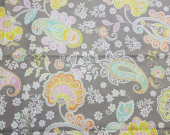 FABRIC-Gray Pastel Paisley Floral by the Yard-Quilt Fabric-Apparel Fabric-Home Decor Fabric-Fat Quarter-Craft Fabric-Fat Quarters