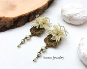 Statement Earrings, Bohemian Earrings, Dangle Earrings, Boho Earrings, Flower Earrings, Pearl Earrings Dangle,Large Earrings,Unique Earrings
