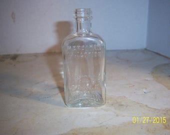 "1930's Mercitan Mouth Throat  Dental Caulk Co Millford DEL Toronto Can 3 7/8""  lotion medicine bottle"