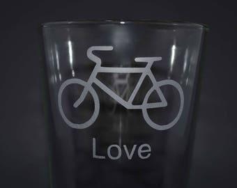 Pint Glass, Custom Drinking Glass, Custom Pint Glass, Pint Glasses, Bicycle Pint Glass, Sand Etch Drinking Glass, Bicycle, Sandblasted Glass