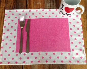 4 x Vintage Placemats pink white Fabric
