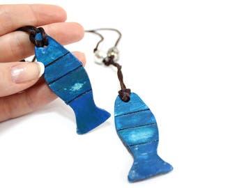 Blue fish ceramic pendant necklace, fish necklace, wearable art jewelry, ceramic jewelry, surfer jewelry, mens jewelry, friendship necklace