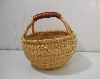 Vintage woven basket, BOHO basket, Jungalow, Leather handled basket, Retro woven basket, Storage basket