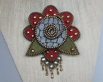 Flower Zipper Brooch in Red and Grey