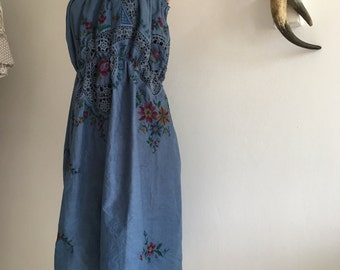 Womens Summer Dreaming Dress.size 10 to 14.