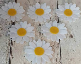 White Daisy Flowers, Die cut felt daisy, Felt daisy flower, floral craft, felt embellishments, felt applique, die cut flowers, felt daisies