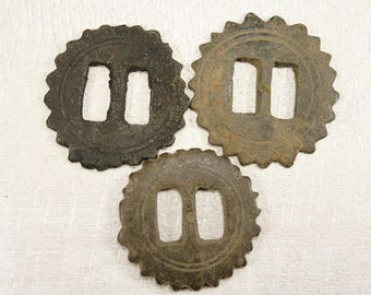 Antique Huge button - archaeological excavations - set of 3 - b27