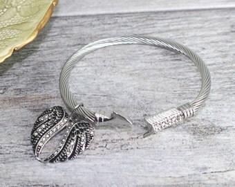 Stainless Steel Daryl Dixon Bracelet | Zombie Bracelet | Crossbow | Arrow Cuff | Arrow Jewelry | Cuff Bracelet | TWD Bracelet