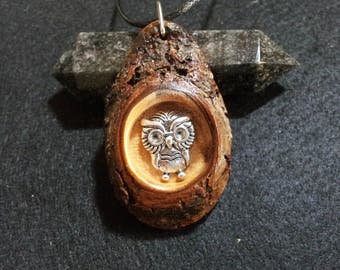 Owl Pendant in Reclaimed Laurel with bark +  free shipping worldwide ~ Owl Jewelry, Reclaimed Wood Pendant, Natural Rustic Jewelry
