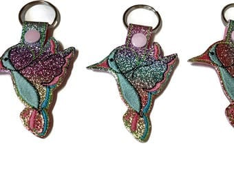 Hummingbird Key Fob Key Chain, Hummingbird lover gift - mom gift - easter basket stuffer- stocking stuffer- mothers day