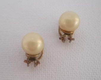 Vintage 1960s Pearl Clip on Earrings with Tiny Diamantes lovely gift