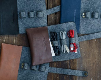Leather & Felt USB cable and Charger Roll/Organiser