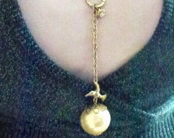 silver bird/pearl necklace- chain jewelry- romantic design-