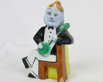 Vintage Pre Mid Century Japan Bud Vase, Banjo Player, Free Combined Shipping