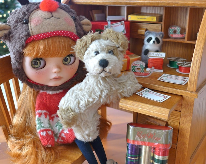Featured listing image: Blythe Christmas Presents & Gift Wrap