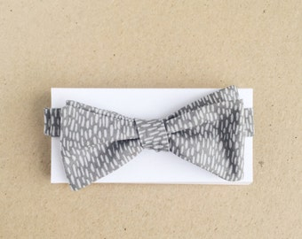 Gray Bow Tie with Small Light Gray Marks